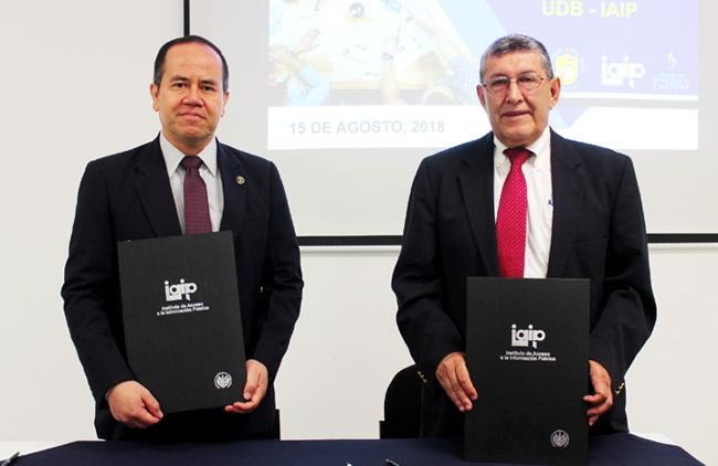 UDB y el IAIP firmaron convenio para la formación y promoción del derecho de acceso a la información pública
