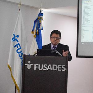 Instituto de Investigación e Innovación en Electrónica de la UDB destaca en XII Congreso de Informática Robótica