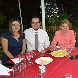 Alumni UDB realiza su tercera cena anual