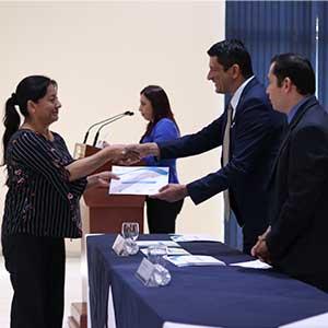 Docentes de educación media concluyen diplomado especializado impartido por la UDB