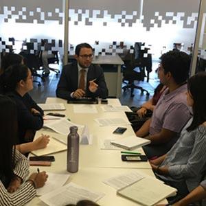 Alumnos de Diseño Gráfico desarrollaron proyecto en el marco del convenio entre UDB y Banco Agrícola para el desarrollo de prácticas profesionales