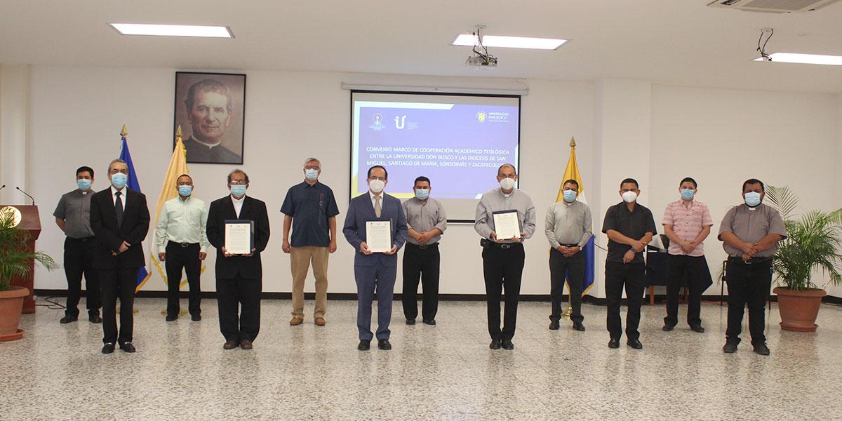 Universidad Don Bosco y diversas diócesis del país renuevan acuerdo para la formación en teología