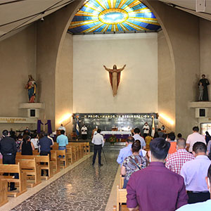 UDB realiza misa en acción de gracias por graduados 2020