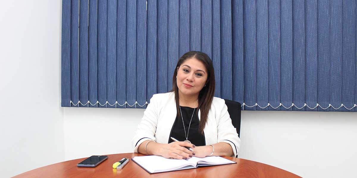 """Tania Rivas, graduada de Administración de Empresas: """"De niña me visualizaba como gerente de una compañía"""""""