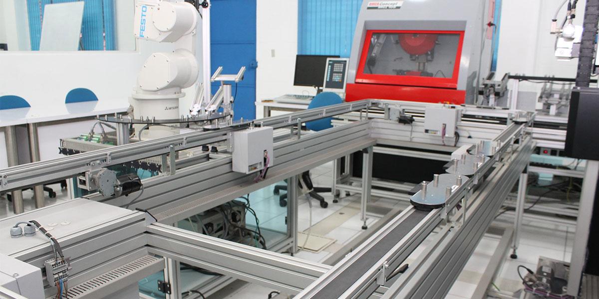 Reparando un robot móvil para un sistema de inspección de tuberías desde el iCIM de la UDB