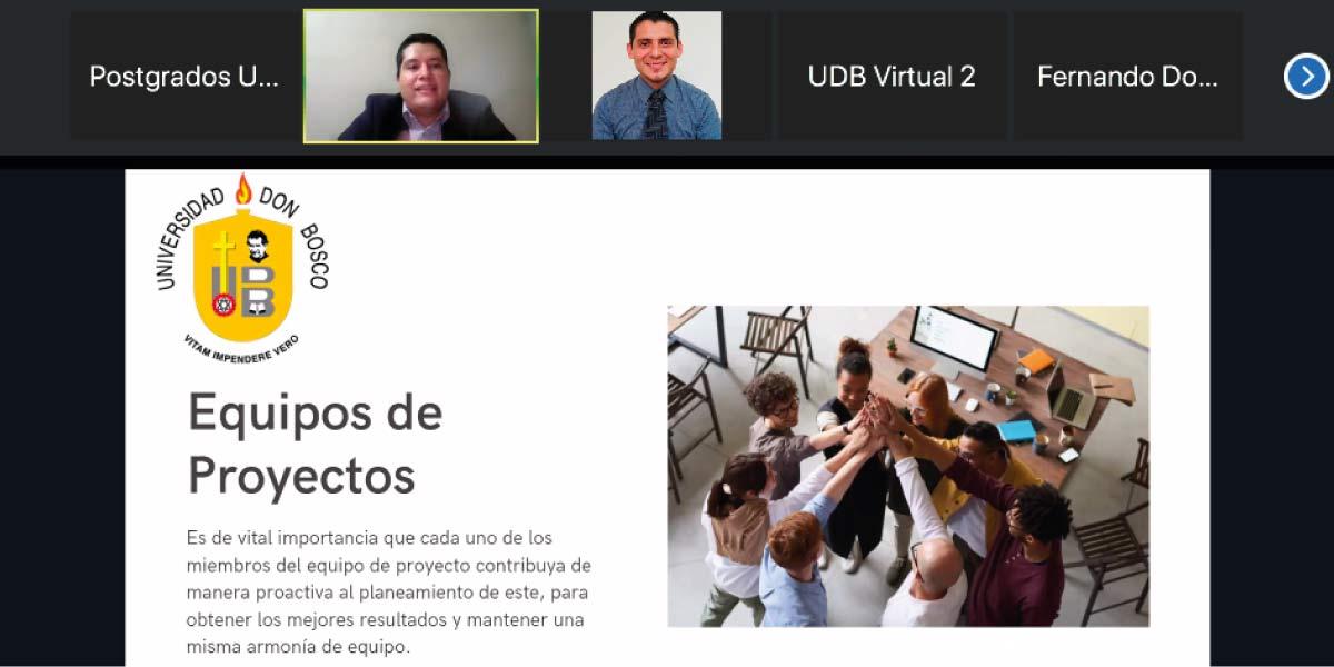 Profesionales de informática participan en espacio formativo sobre la aplicación del PMBOK