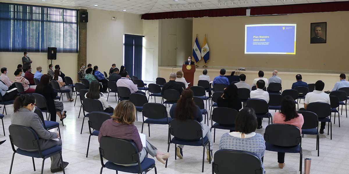 Universidad Don Bosco se prepara para el futuro por medio de la planificación institucional